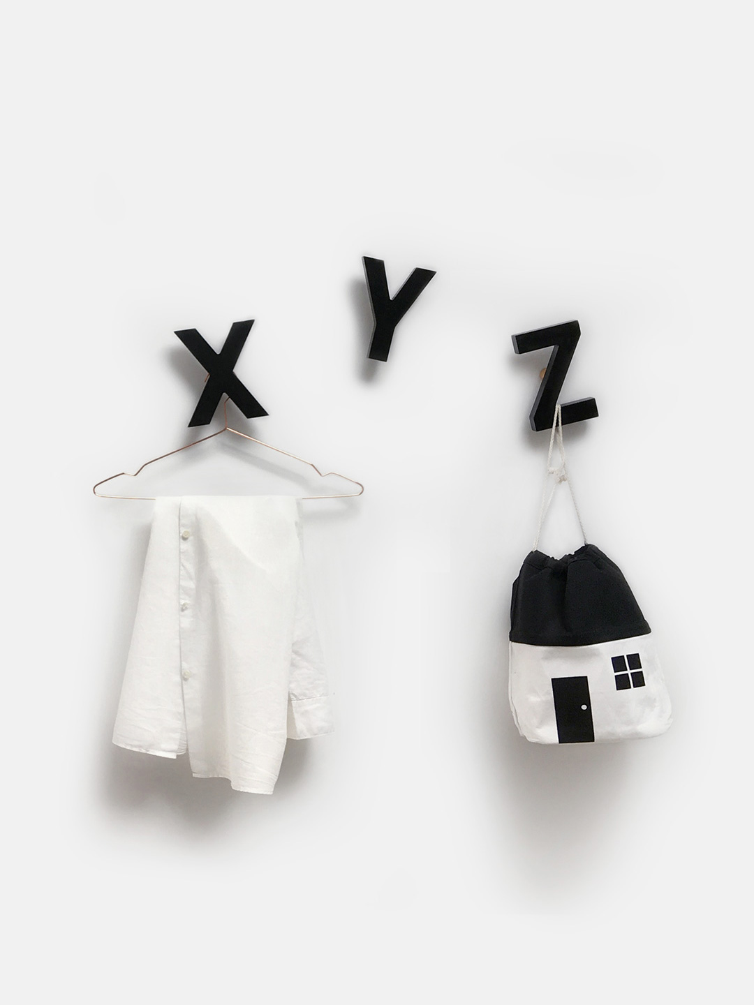 Alphabet Soup Wall hooks – XYZ (Black)