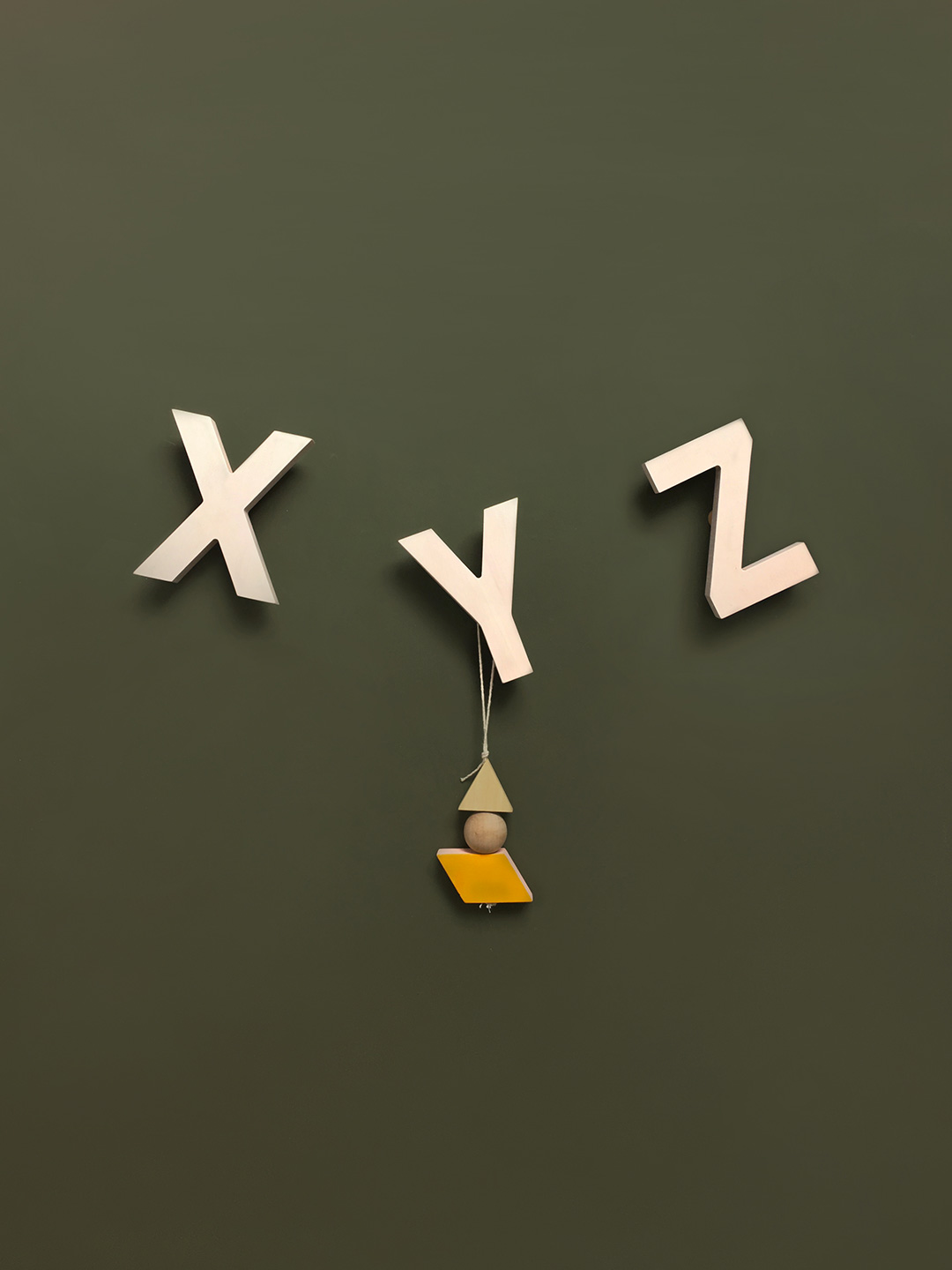 Alphabet Soup Wall hooks – XYZ (Natural)
