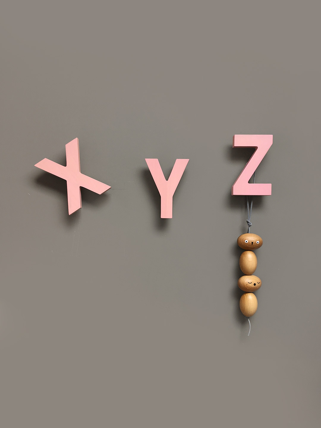 Alphabet Soup Wall hooks – XYZ (Rose)